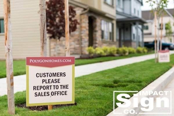 Polygon Customer Parking Directional Signs