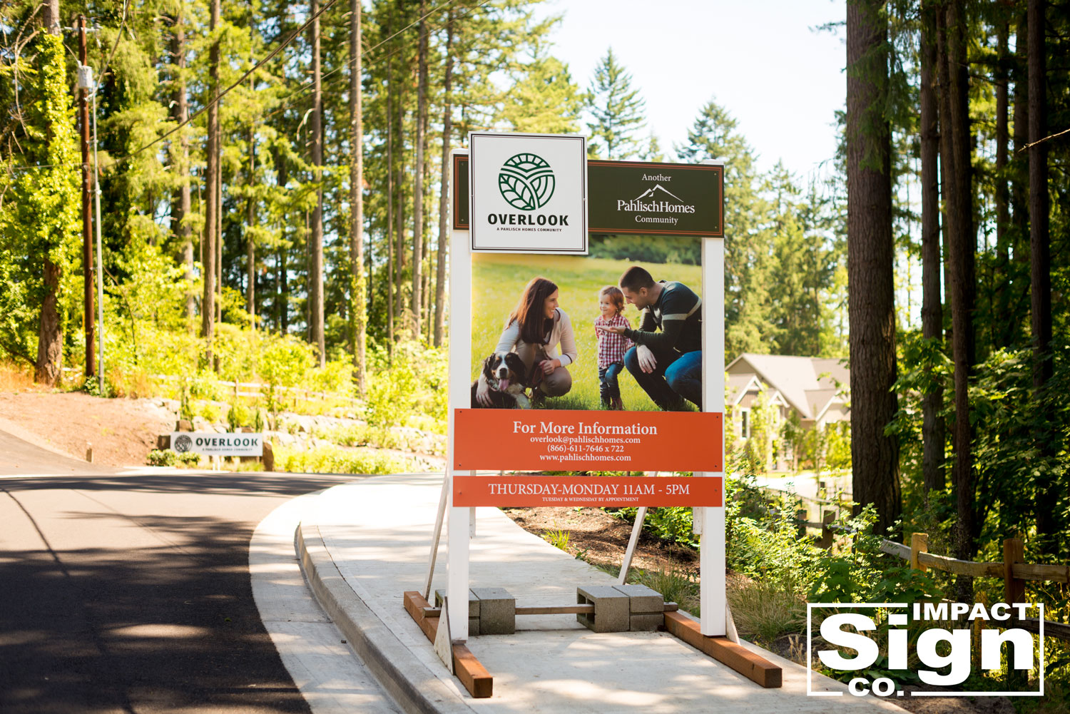 2017-Pahlisch-Overlook-Site-Sign-Monument-Sign-ISCweb.jpg